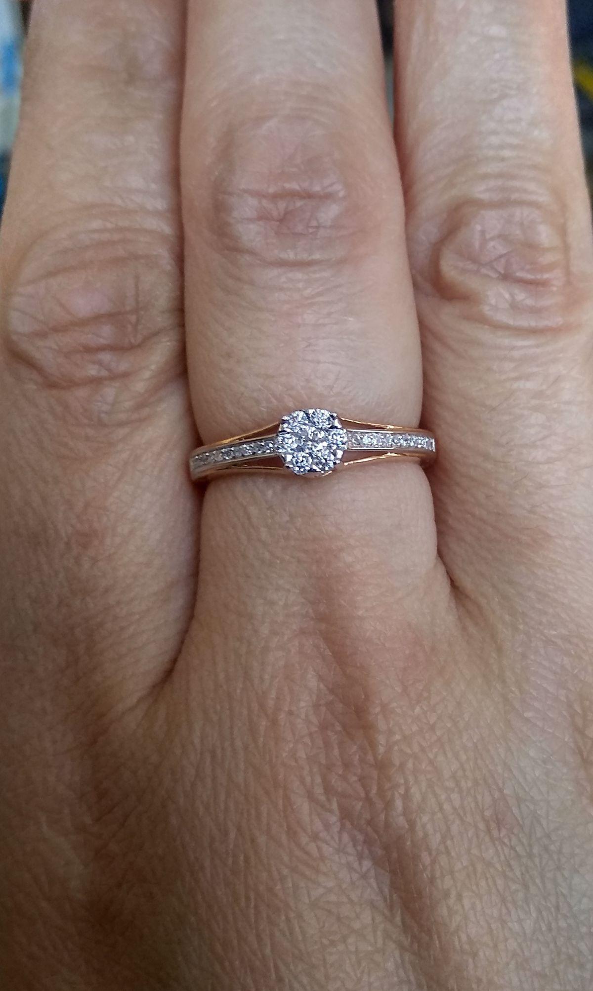 Красота,нежность, изысканность всё в одном кольце!!!