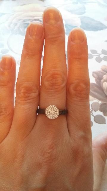 Кольцо из керамики с феанитами.