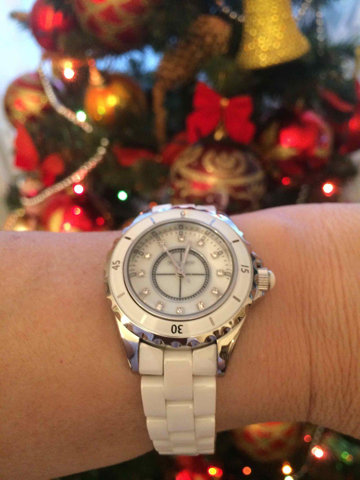 Современные, элегантные, необычные женские часы с керамическим браслетом!!!