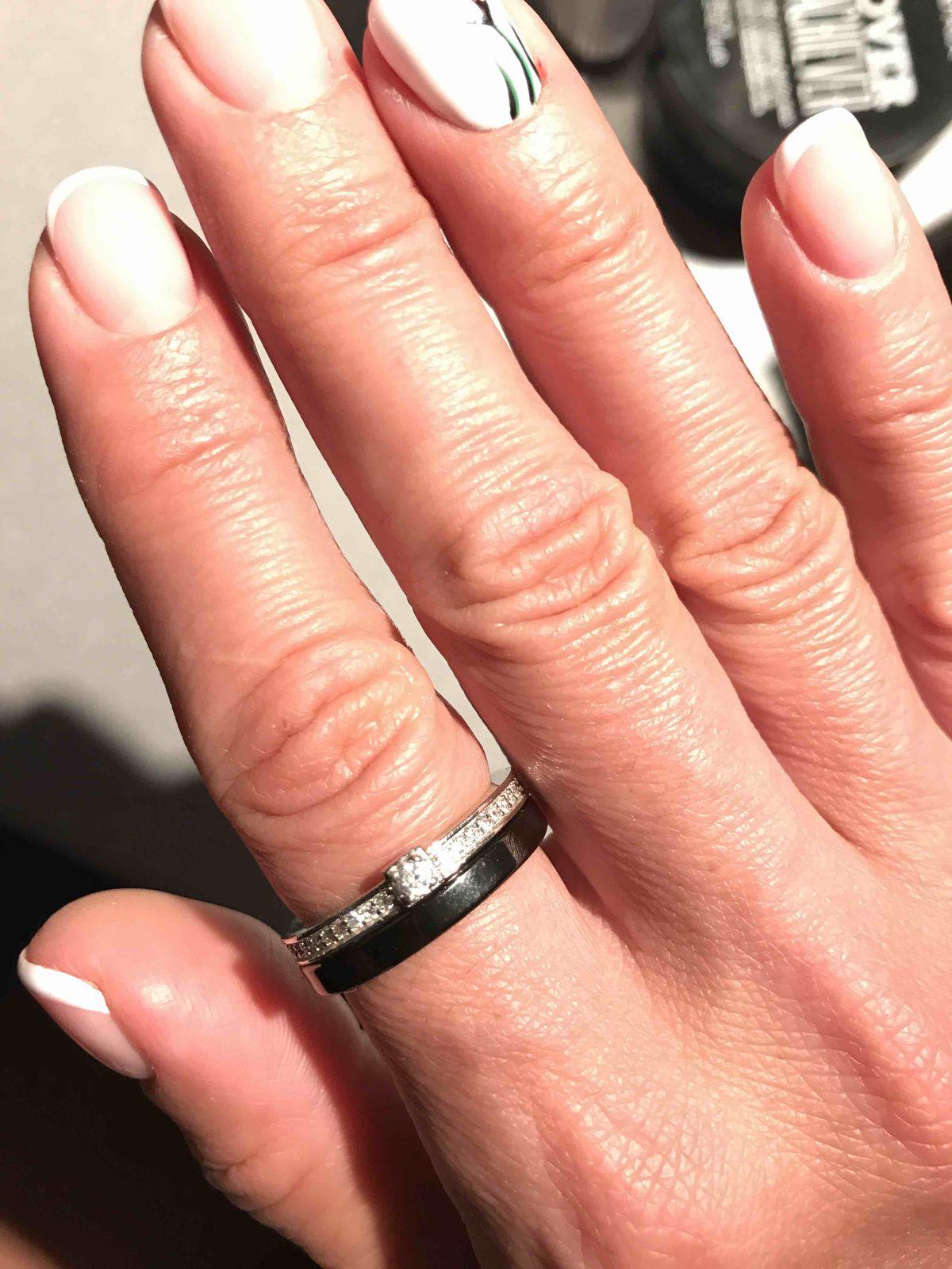 Черно-белое кольцо для леди