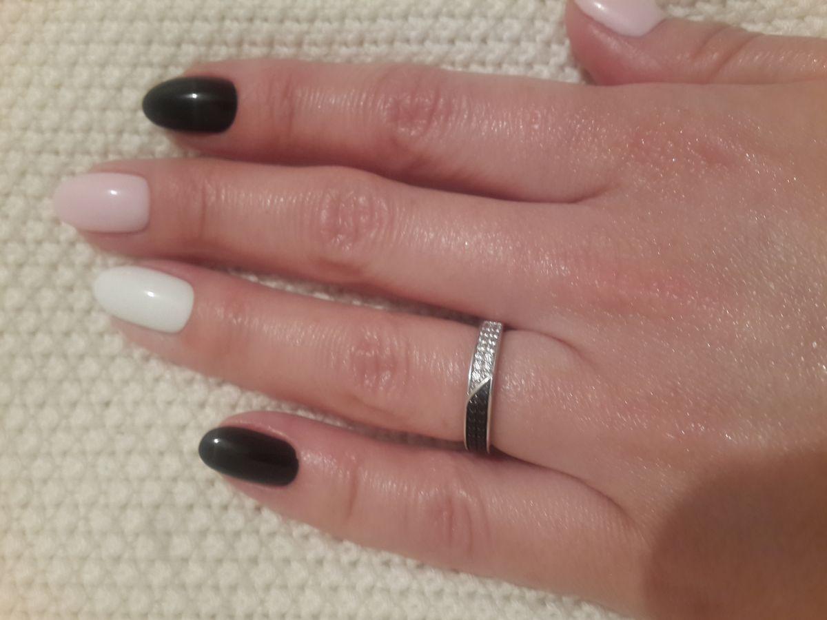 Кольцо с фианитами серебро