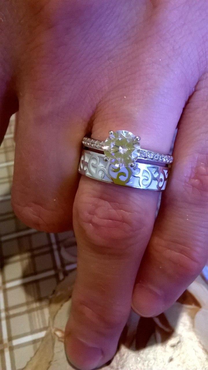 Двойное кольцо с эмалью, мечта.