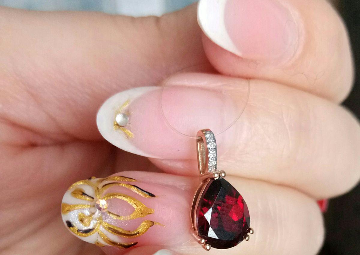 Капелька граната с бриллиантами