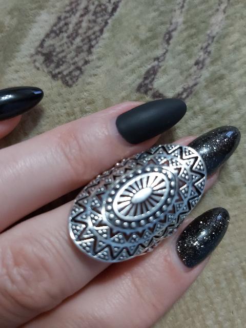Кольцо-амулет.