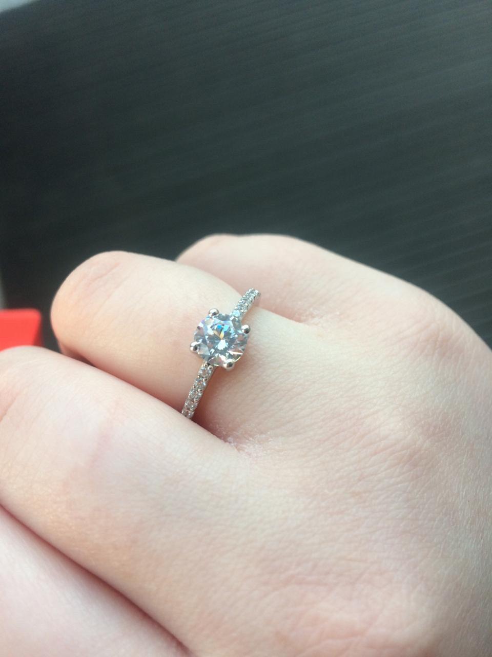 Если хотите великолепное тоненькое колечко, то вам непременно нужно это кольцо