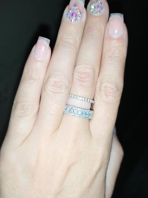 Кольцо красивое и стильное