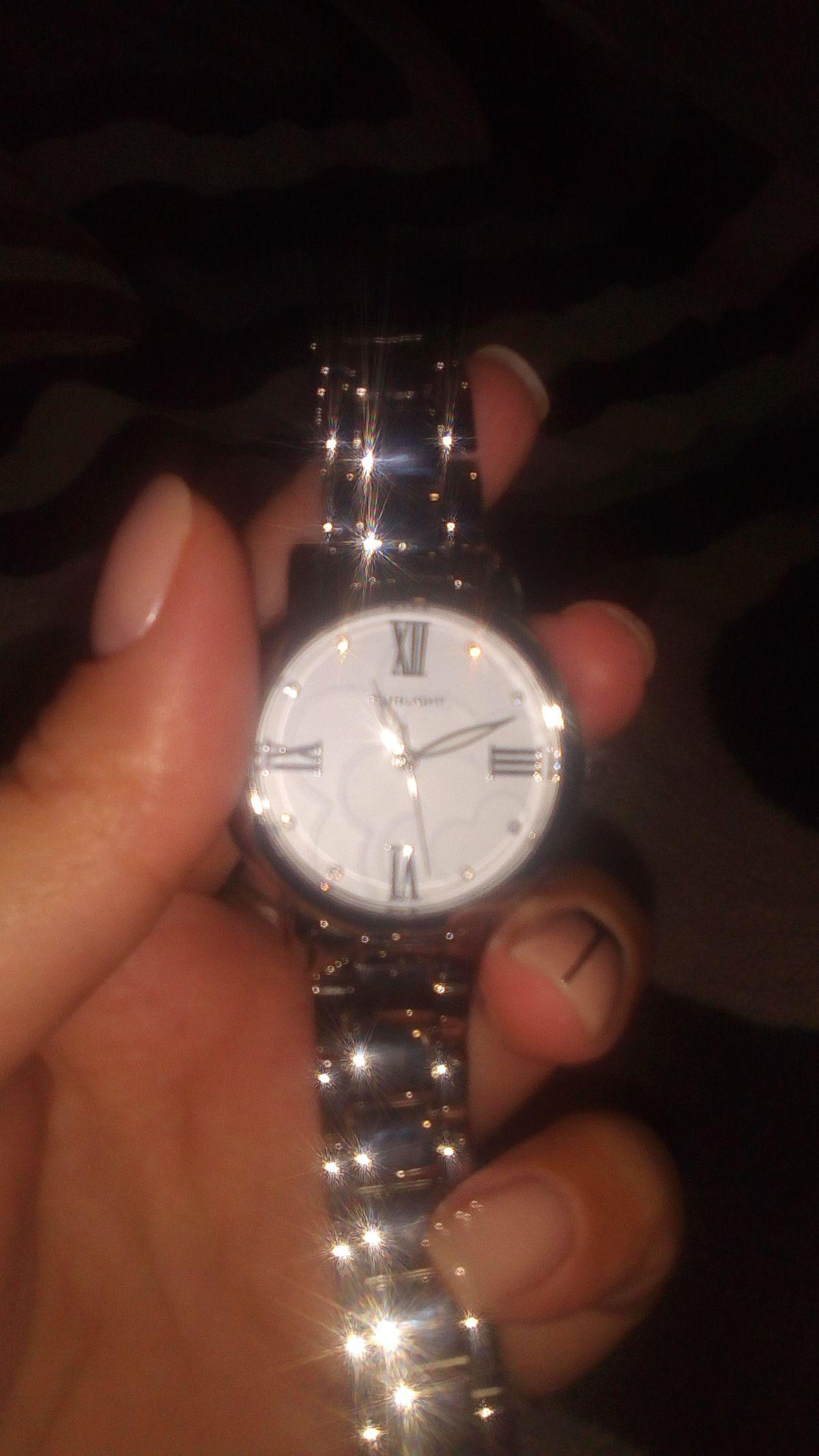 Часы просто супер...
