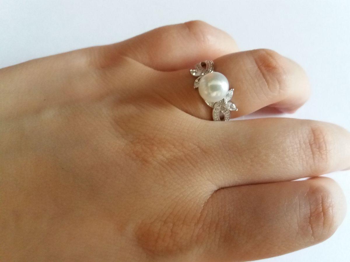 Кольцо с жемчужиной и фианитами