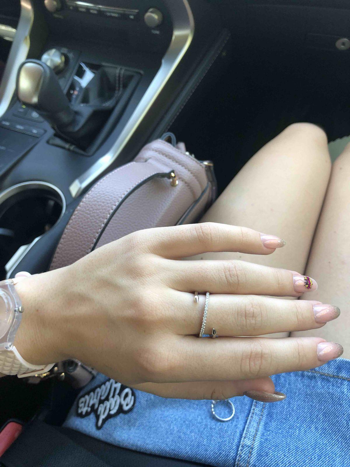 Кольцо покупала себе , полностью довольна