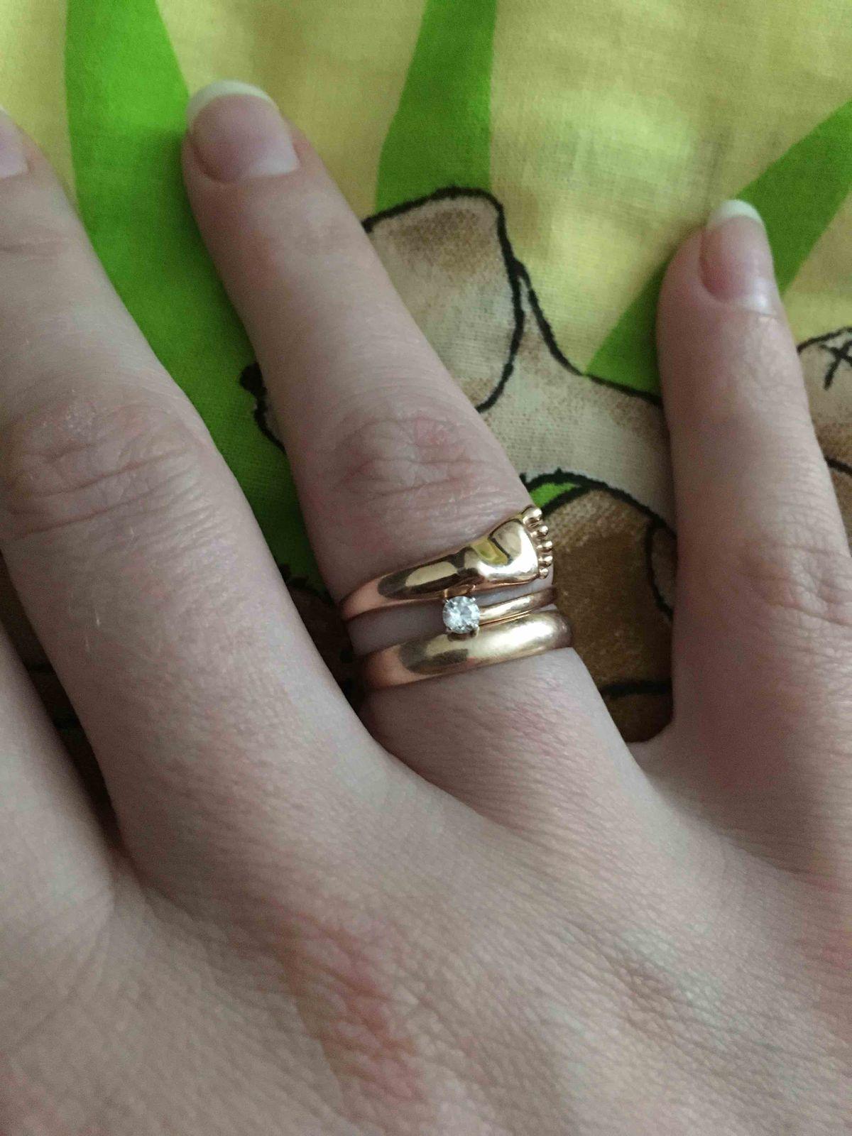 Очень нежное кольцо в подарок