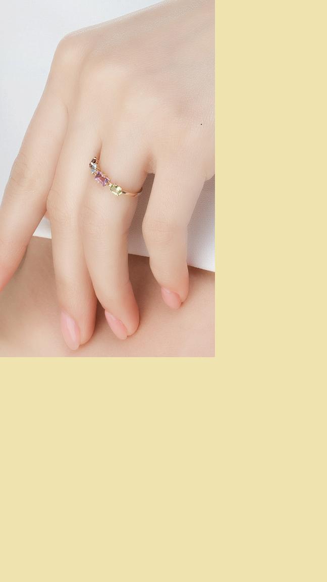 Золотое кольцо с аметистом, гранатом и топазами