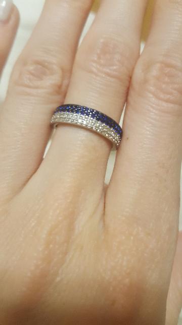 Кольцо очень понравилось жене.