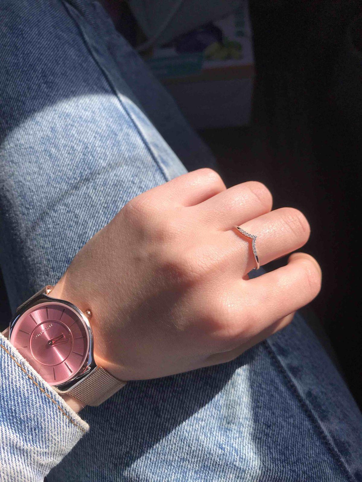 Кольцо себе покупала