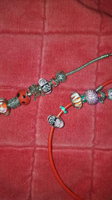 Не обычные 3D шармы на любой браслет или колье;))) .Впервые встречаю такие!