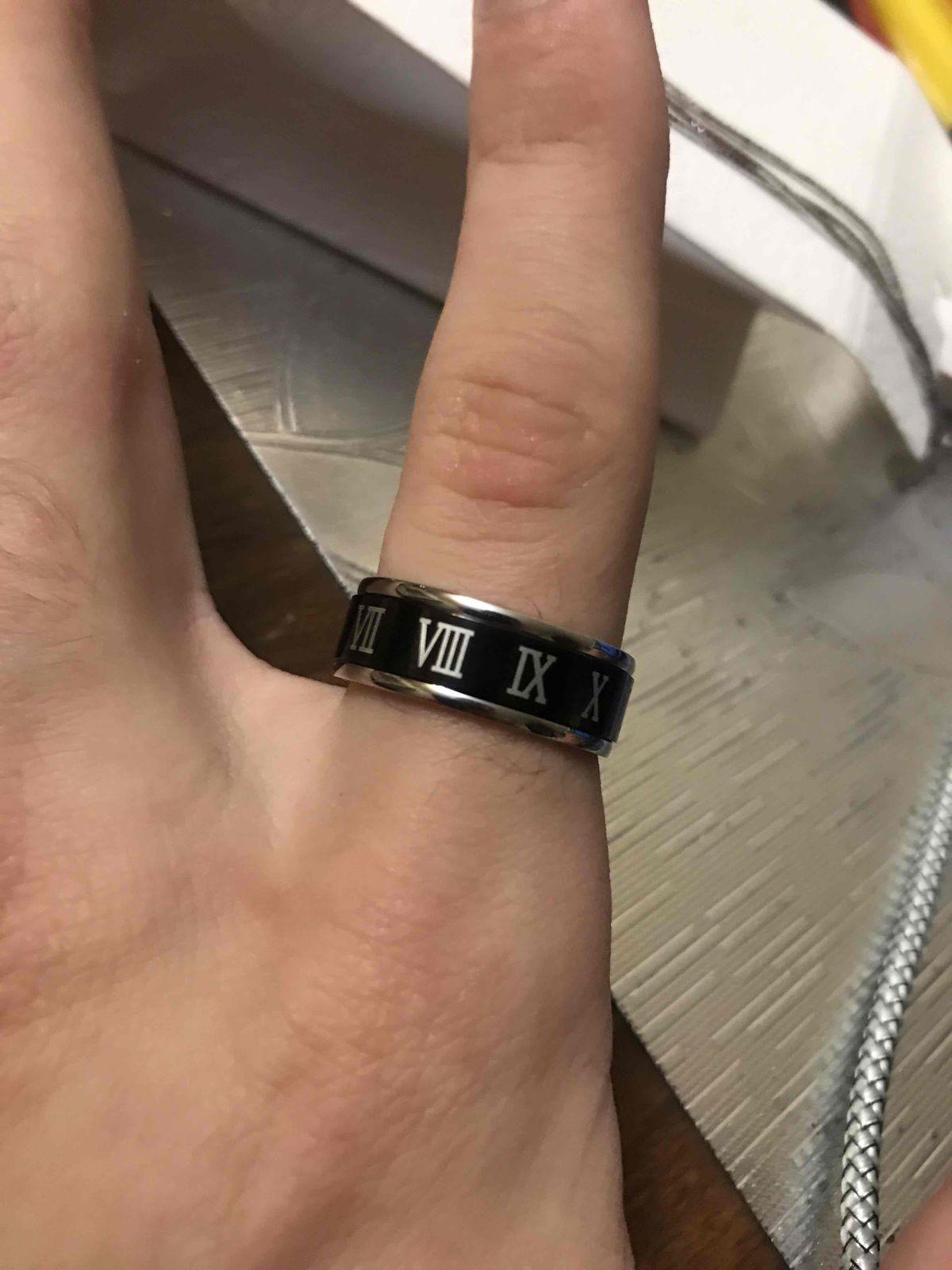 Стальное кольцо.