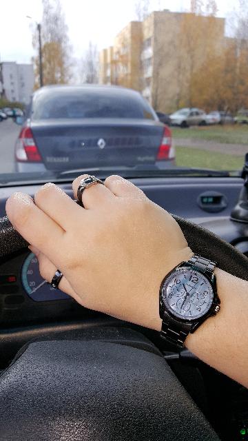 Черные часы...