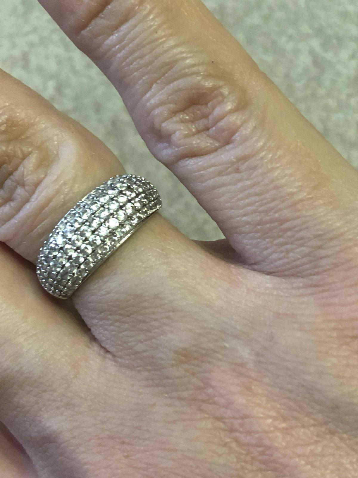 Обалденно красивое кольцо