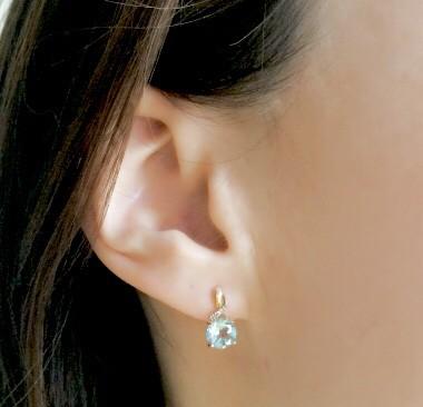 Милые серьги с топазом и бриллиантами