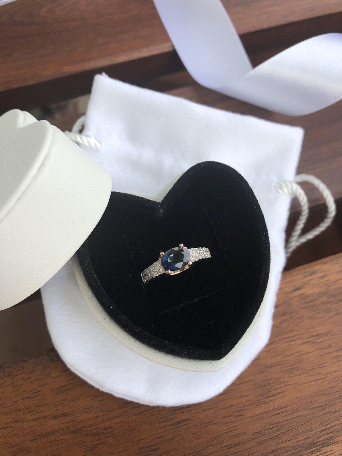 Шикарное кольцо с сапфиром 💙