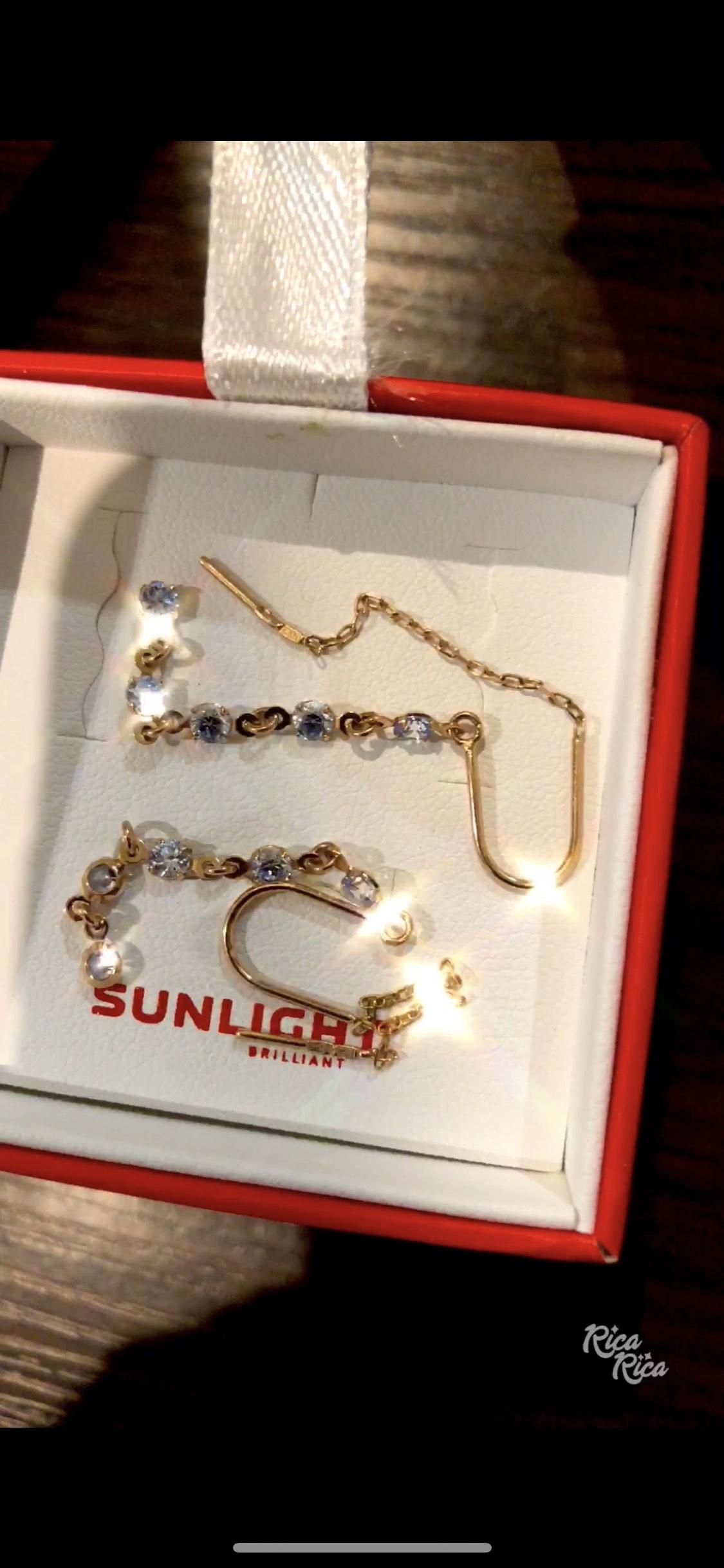 Красивые сережки за доступные деньги!)