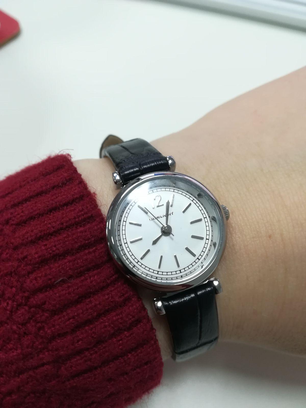 Лаконичные и элегантные часы