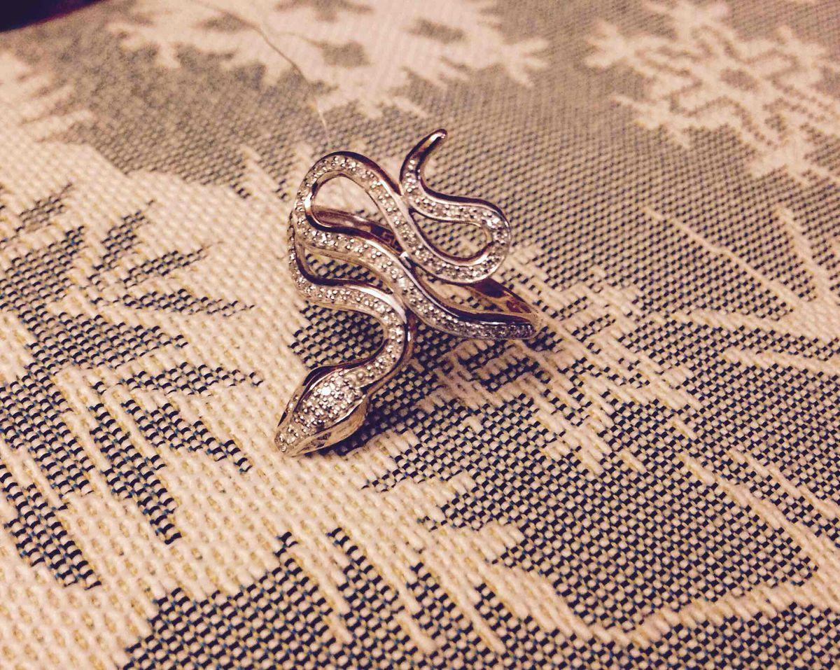 Бриллиантовая змейка.