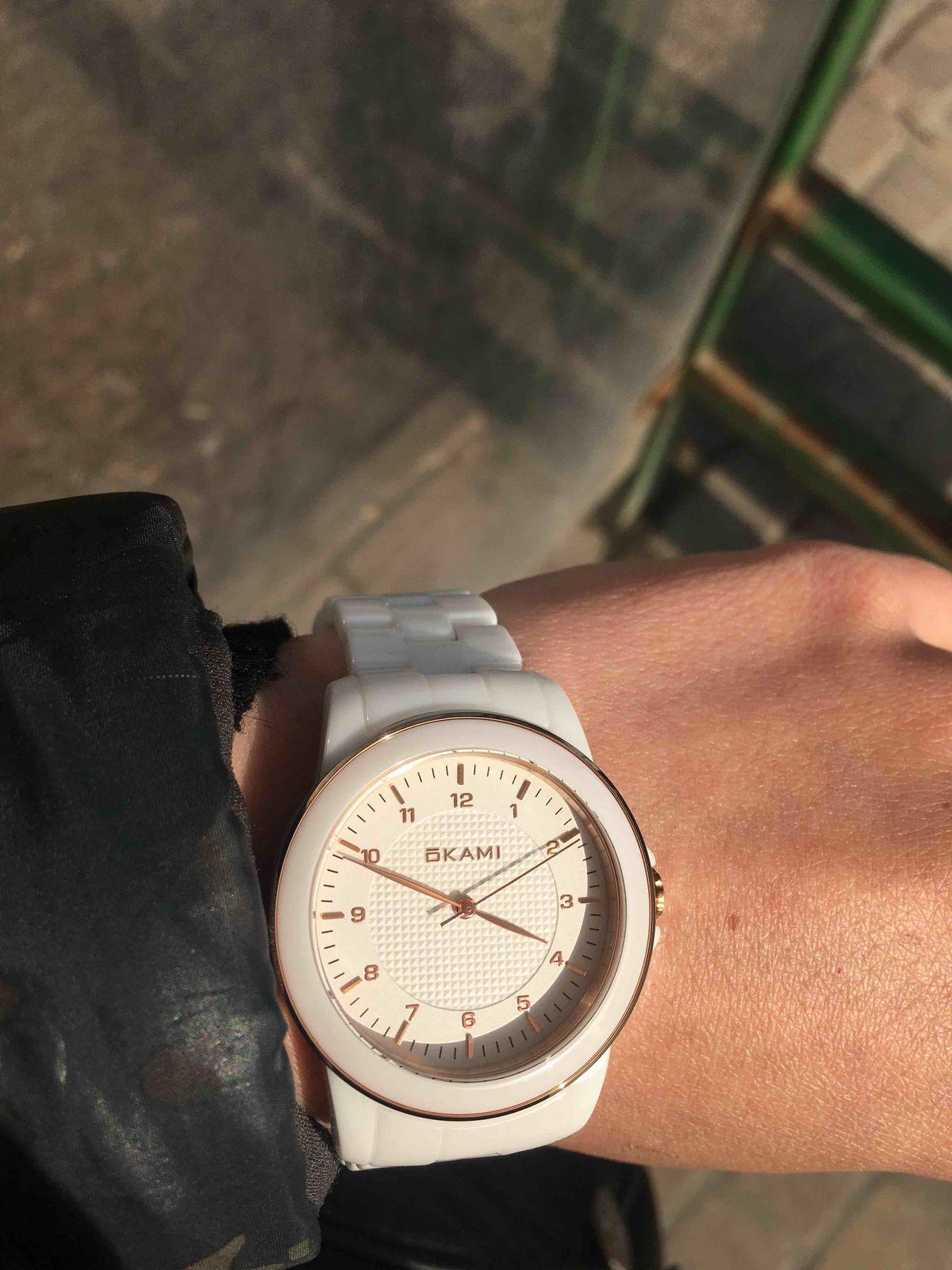 Купила часы, покупкой очень довольна