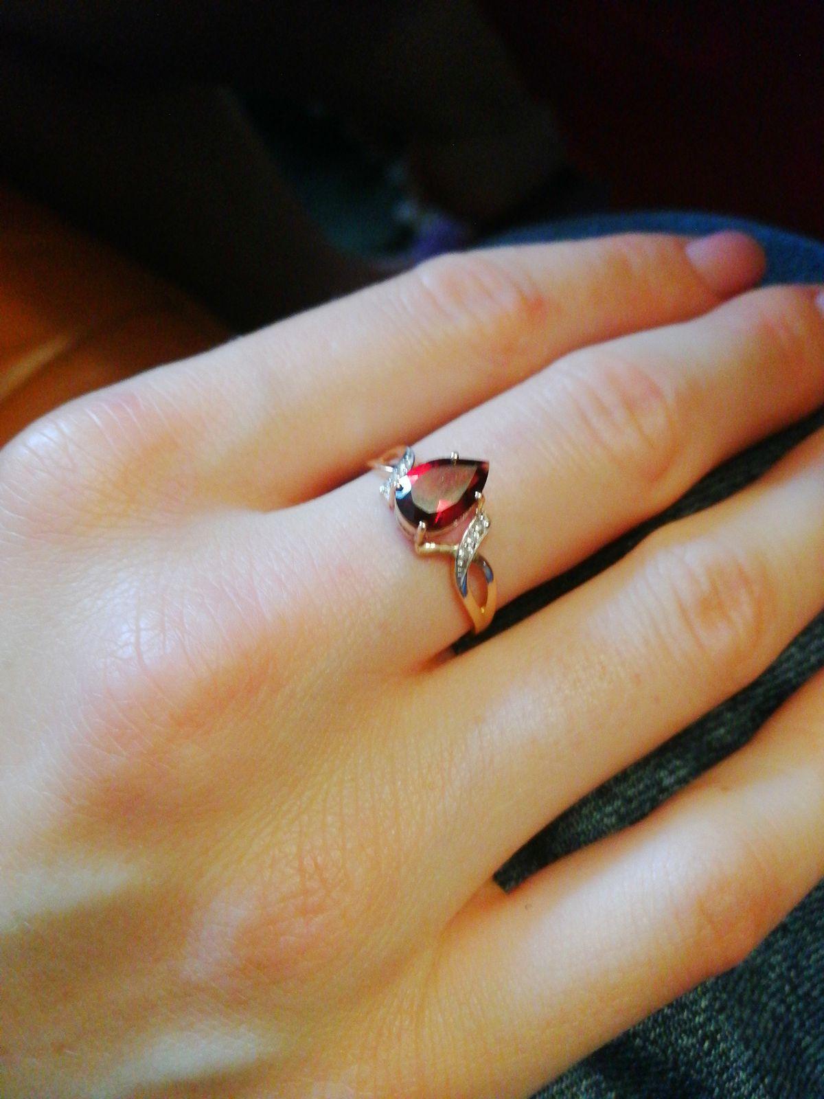 Красивое кольцо за привлекательную цену