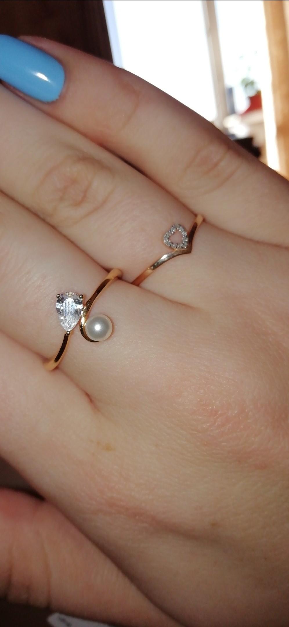 Серебряное кольцо с фианитом и жемчугом