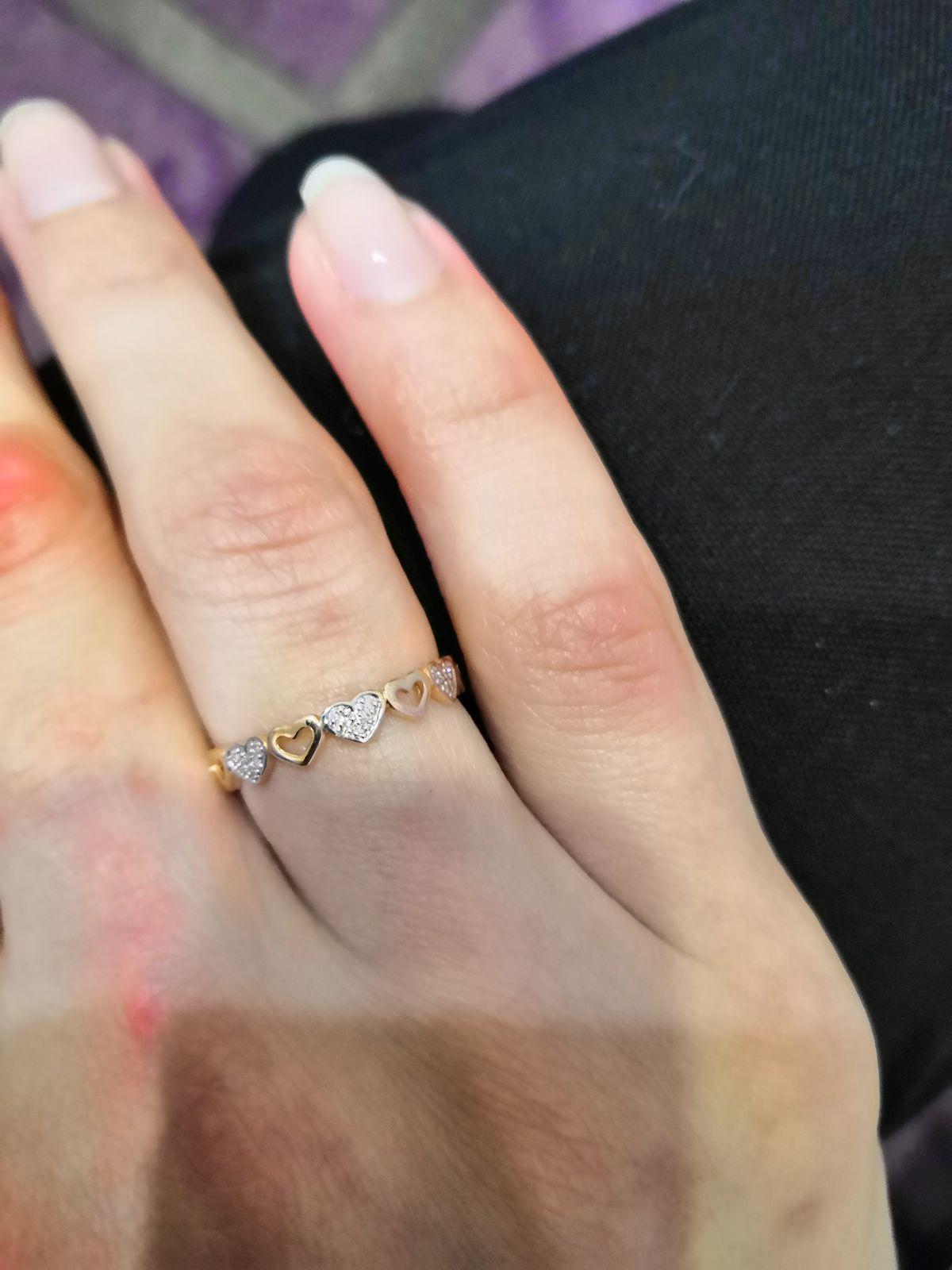 Нежное кольцо с бриллиантами!