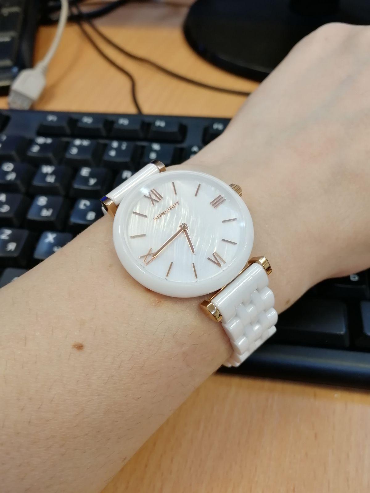 Стильные часы !