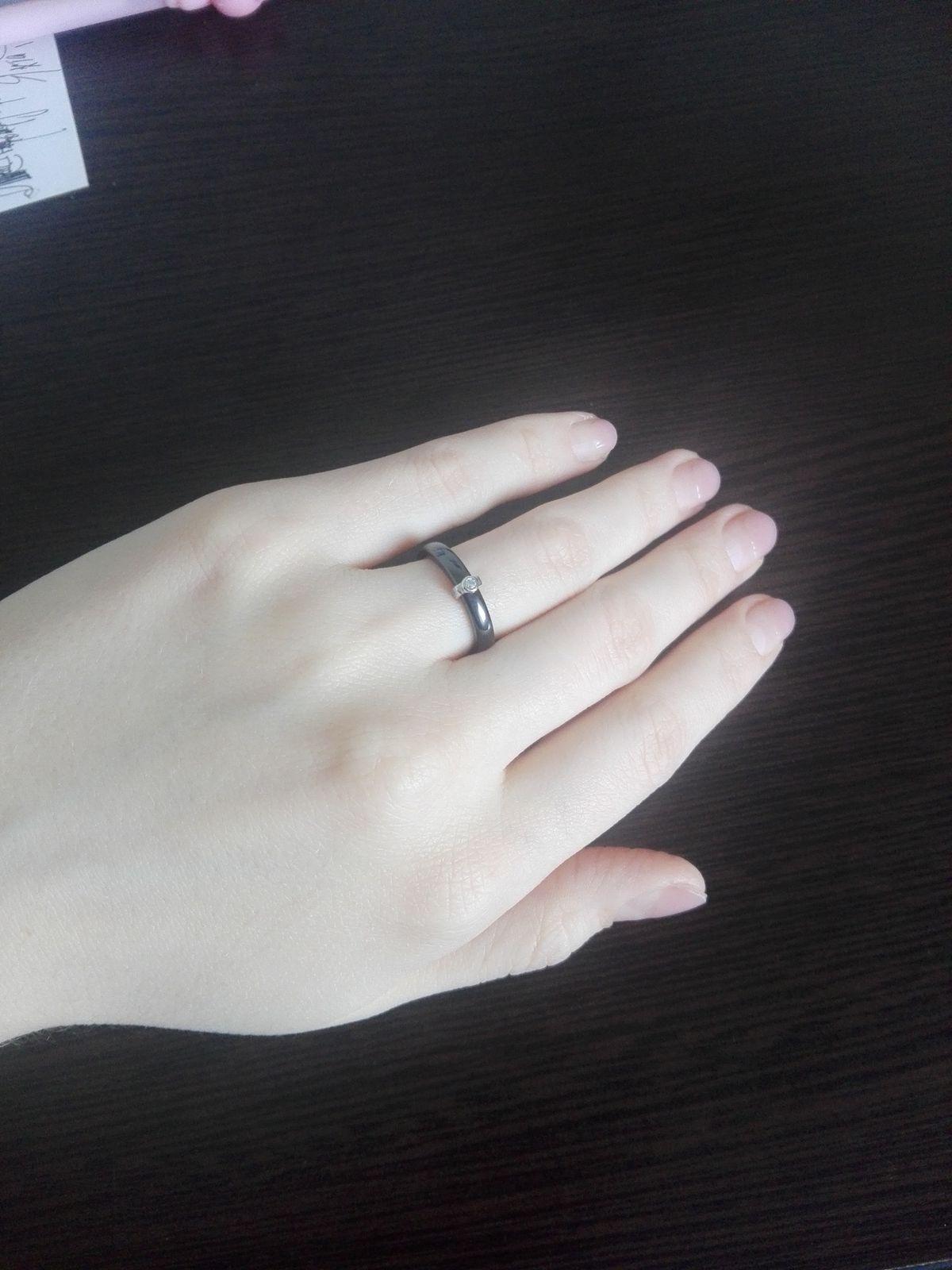 Замечательное кольцо из керамики