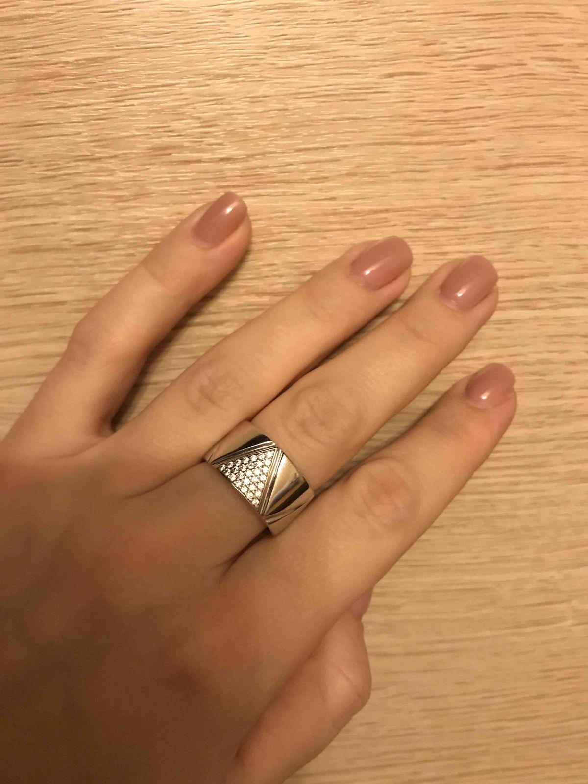 Стильное и необычное кольцо! просто влюблена в него...