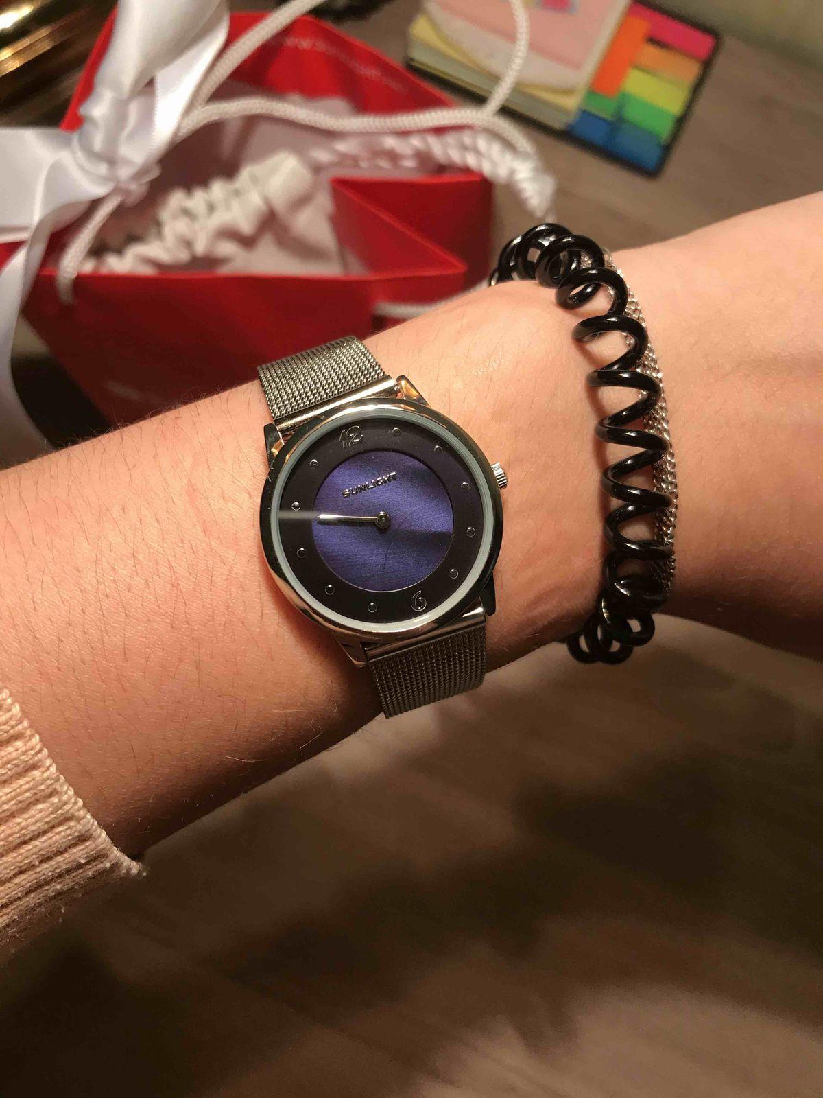 Тонкие женские часы