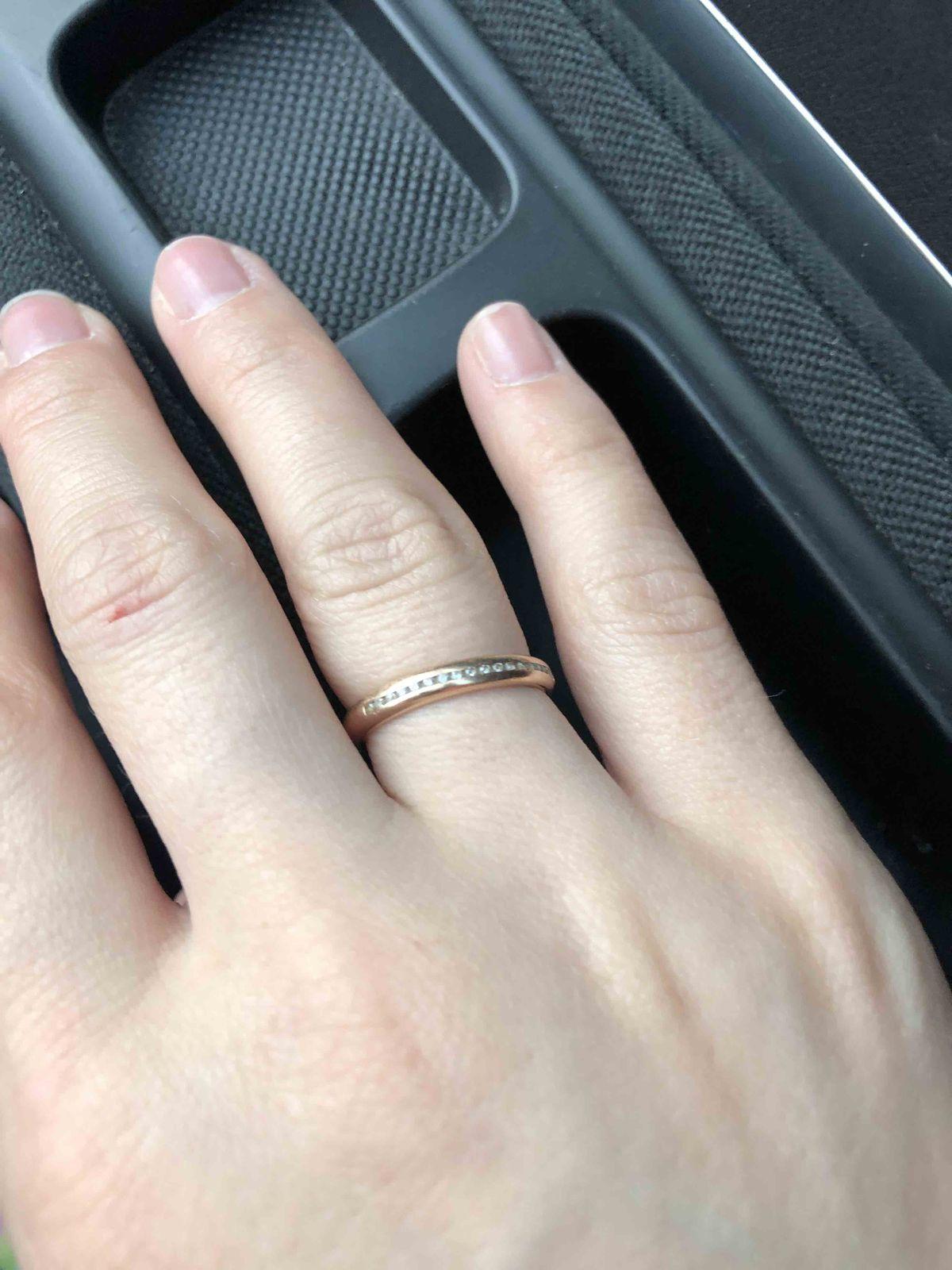Обручальное кольцо с фианитами