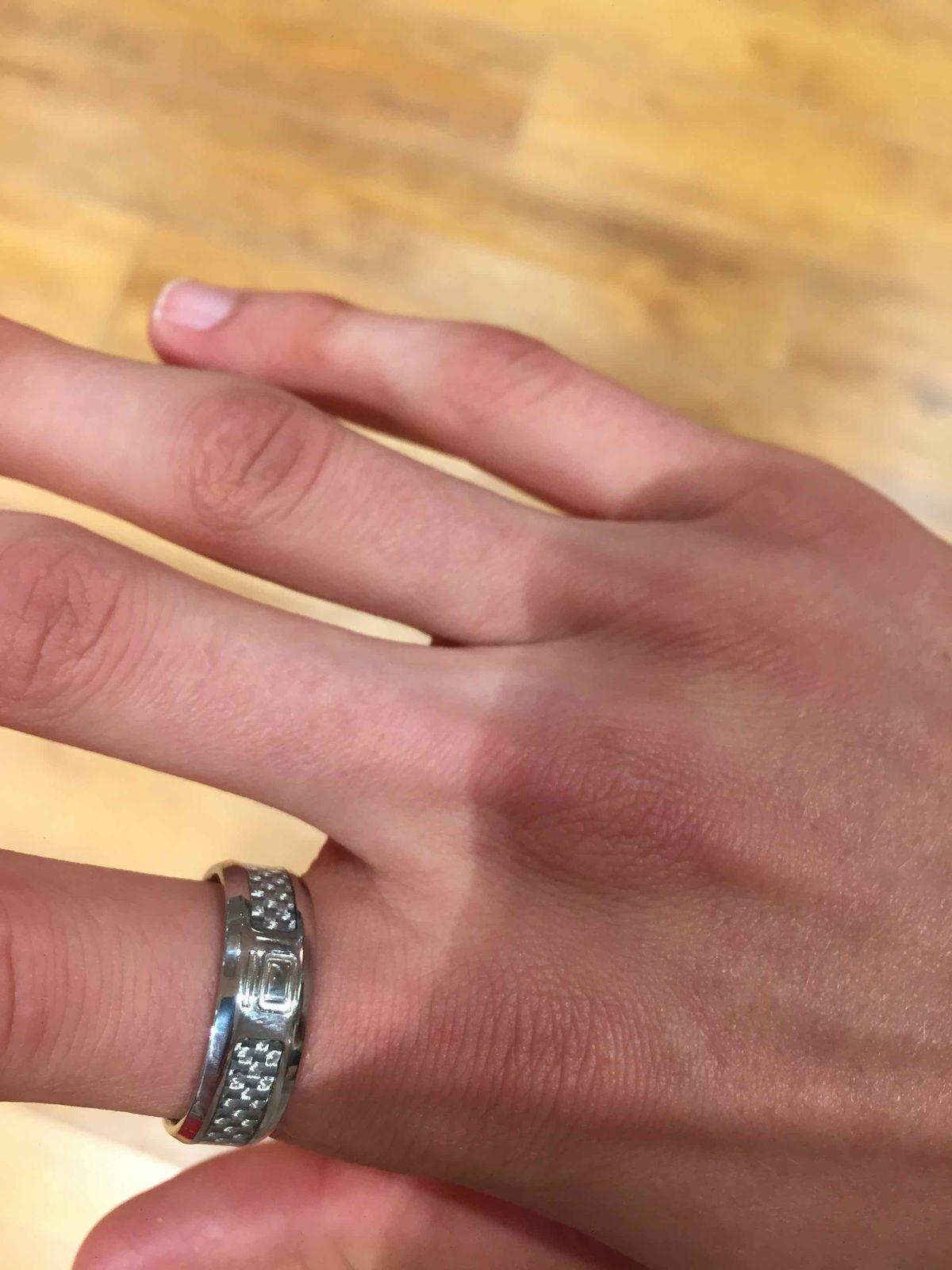 Выбирал кольцо к часам, доволен покупкой