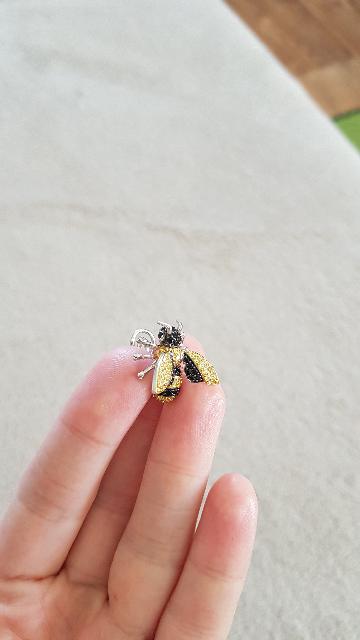 Классные серьги-пчелки