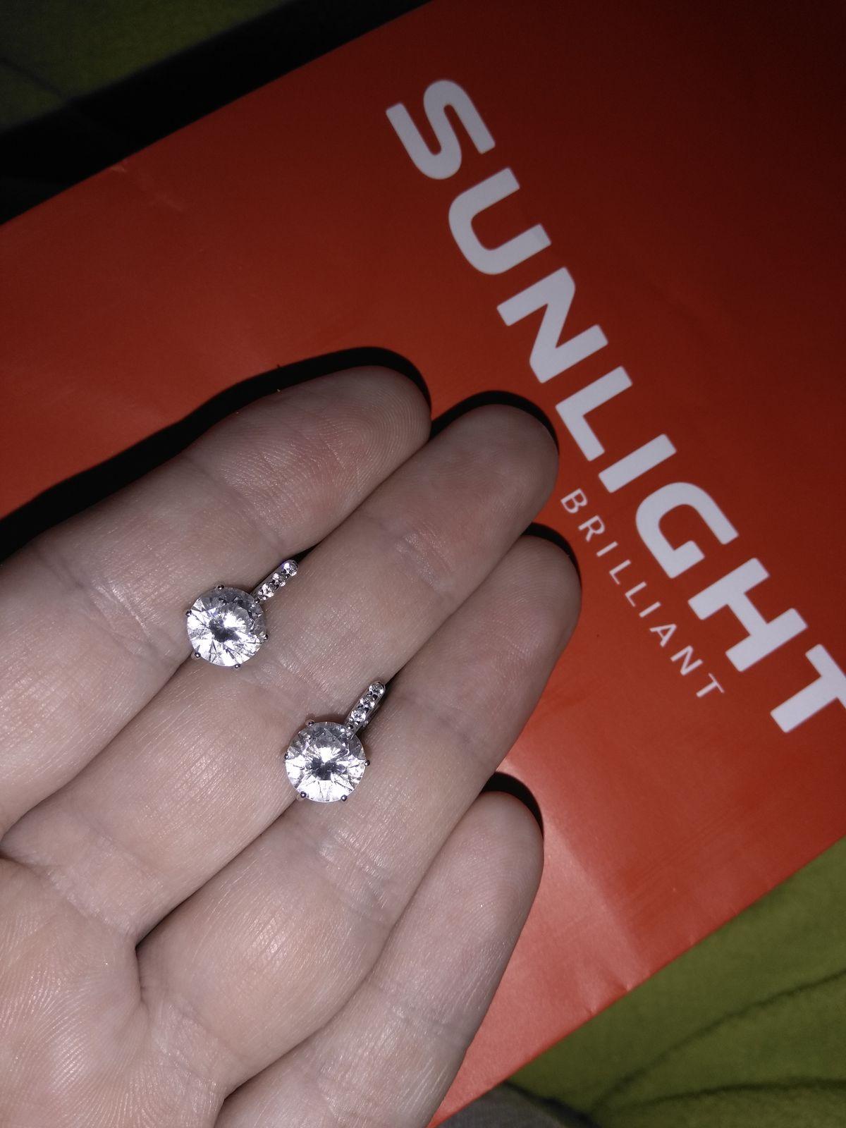 Красивые серьги из серебра!!