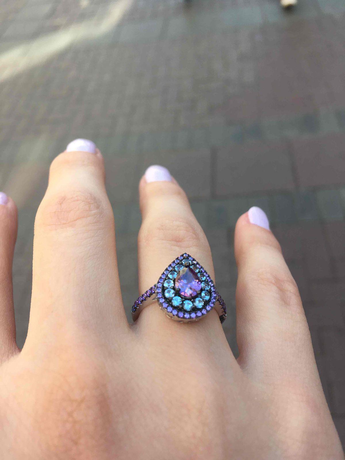 Шикарное кольцо Хюрем Султан